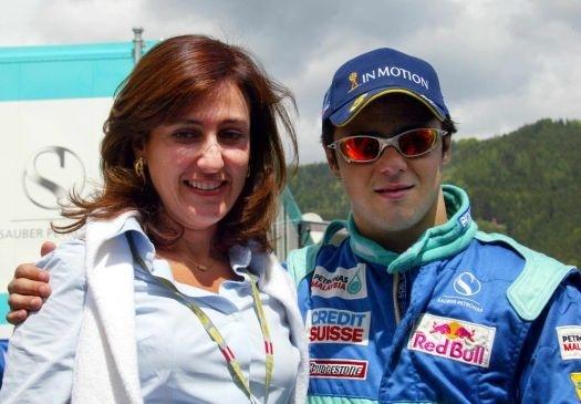 Além do irmão Eduardo, Massa contou desde a estreia na categoria com a presença do pai, Antonio Massa, e da mãe, Ana Helena, apoios que ele classificou como indispensáveis, em entrevistas (jul.2002).