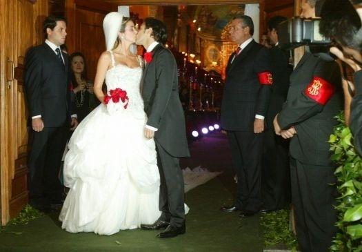 Massa se casou com Rafaella em dezembro de 2007. O casamento aconteceu na igreja Nossa Senhora do Brasil, em São Paulo e contou com convidados ilustres (dez.2007).