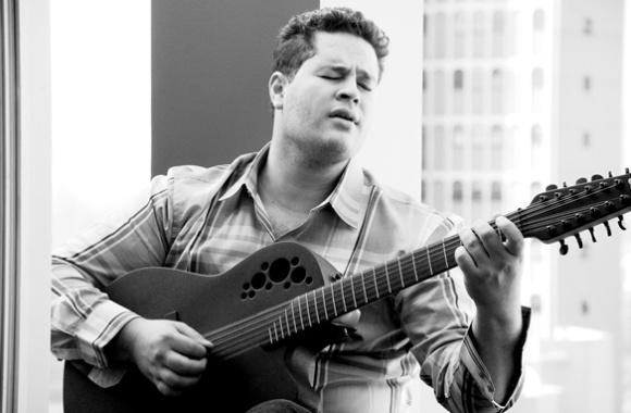 O cantor Pedro, filho do sertanejo Leonardo, em foto de ensaio fotográfico (22/3/11)