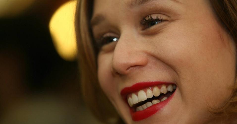 """12.nov.2009 - Mariana Ximenes comparece à pré-estreia do filme """"Hotel Atlântico"""", de Suzana Amaral, em São Paulo"""