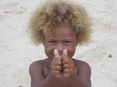 Cabelos loiros de habitantes das ilhas Salomão se deve à genética