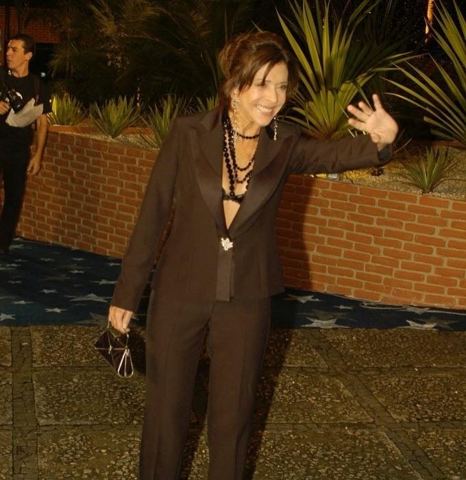 27.abr.2005 - A atriz Betty Faria é clicada na festa de 40 anos da Rede Globo em evento no Rio de Janeiro