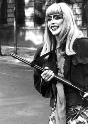 """1988 - A atriz Betty Faria em cena do filme """"Lili, a Estrela do Crime"""""""