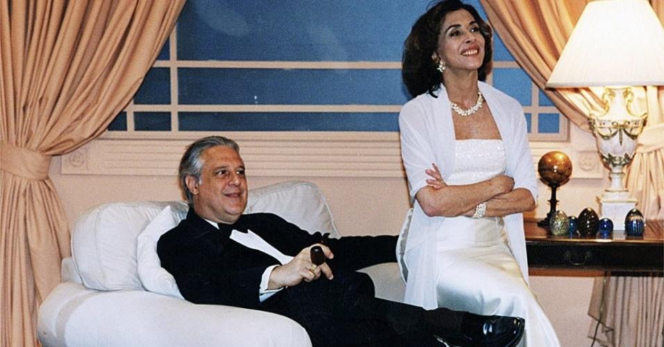 """1998 - Os atores Antonio Fagundes e Betty Faria em cena da novela """"Labirinto"""""""