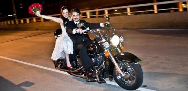 Rogerio e Katia se casaram no dia 3 de dezembro de 2010 e participaram do BOL Noivas 2012; mande sua foto para a edição 2013 do especial