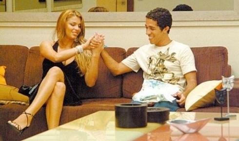 """Grazi Massafera já foi uma """"BBB""""; ela chegou à final com Jean Willys (foto), mas não faturou o primeiro prêmio (2005)"""
