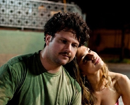 "Com o ator Selton Mellon em cena do longa ""The Billi Pig"" (2011)"