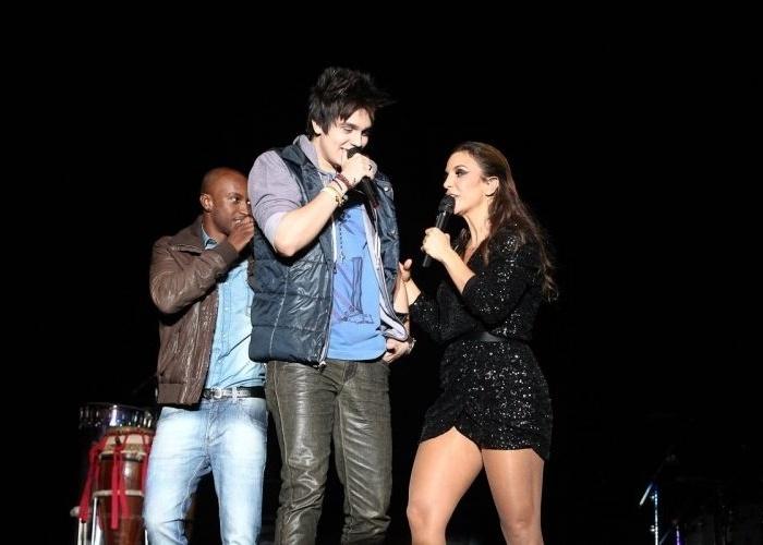 Ivete Sangalo, Thiaguinho (fundo) e Luan Santana se apresentaram na Nova Arena Anhembi, em São Paulo, e receberam convidados vips no show (20/5/12)