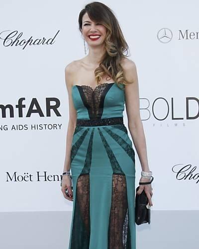 A apresentadora Luciana Gimenez vai ao baile da amfAR (Fundação Americana de Pesquisa da Aids), durante o 65º Festival de Cannes, na última quinta-feira (24/5/12)