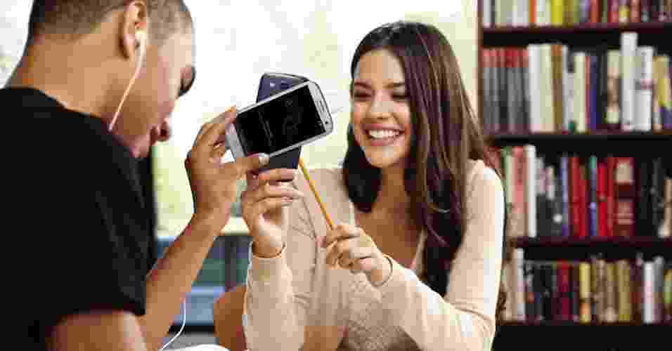 A Samsung lançou o smartphone Galaxy S 3, com Android 4, tela de 4,8 polegadas (resolução de 1.280x720 pixels) e processador de núcleo quádruplo - Divulgação