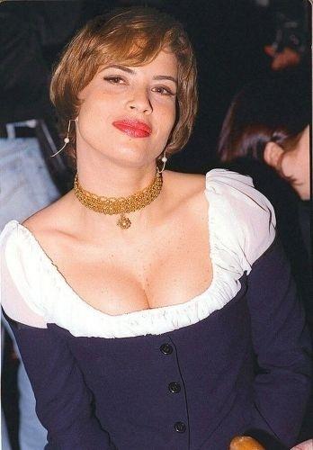 A atriz Isadora Ribeiro em novembro de 1995