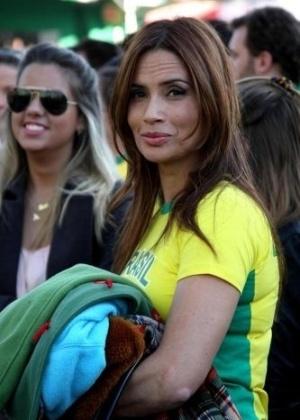 Isadora Ribeiro comparece ao evento Parque da Copa, no Jockey Club de São Paulo (15/6/10)