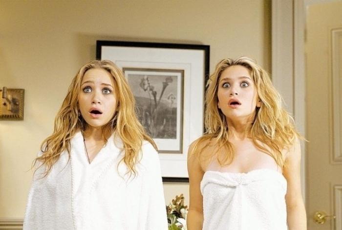 As irmãs Olsen em cena do filme 'No Pique de Nova York' (1/8/04). Entre os filmes favoritos das irmãs está a fantasia 'Labirinto', estrelada por David Bowie. Dentre suas bandas favoritas, está Dave Matthews Band