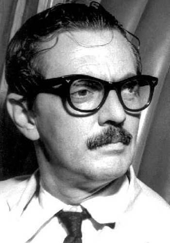 BRASIL: Em fevereiro de 1992, o ex-presidente brasileiro Jânio Quadro morreu após sofrer um derrame cerebral. Jânio é apontado como uma das figuras mais emblemáticas da política nacional e ficou conhecido por renunciar à presidência em 1960, um dos motivos que facilitou a implantação da ditadura militar no país.