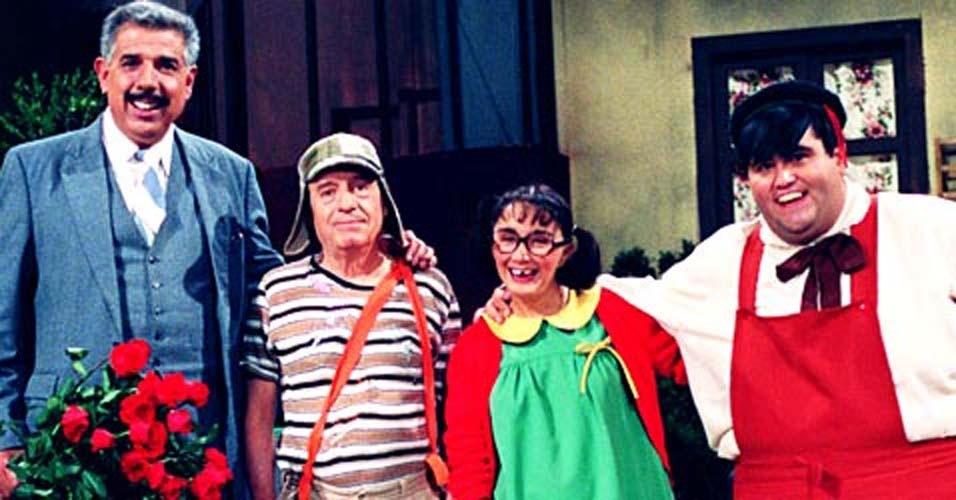 TELEVISÃO: Liderados por Roberto Gomez Bolaños, o 'Chaves' tem seu último programa gravado no México. Se trata de um remake do episódio 'A Aula de Inglês, filmado pelos atores do seriado na década de 70.