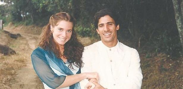 """1996 - Letícia Spiller e Leonardo Brício em cena da novela """"O Rei do Gado"""", da TV Globo"""