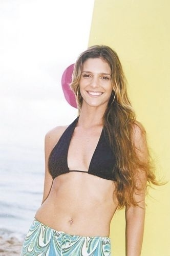 """Fernanda Lima apresenta o """"Luau MTV"""" (19/12/00)"""