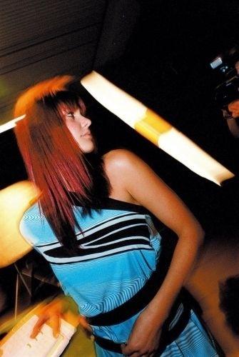 Fernanda Lima durante a festa de lançamento da cerveja Nova Schin, da Schincariol, no Hotel Unique, em São Paulo (SP) (13/10/03)