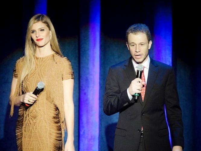 Fernanda Lima e Tiago Leifert apresentam a nova grade de programação da Rede Globo, durante evento no teatro Alpha em São Paulo, na noite desta terça-feira (29/3/11)