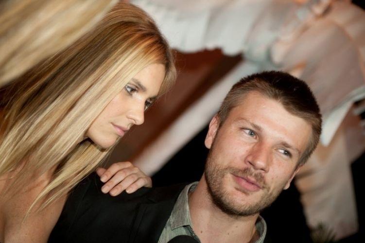 """Os atores Fernanda Lima e Rodrigo Hilbert na festa de lançamento da novela """"Viver a Vida"""", da Rede Globo. Rodrigo Hilbert, parceiro da modelo, estava no elenco da novela (12/10/09)"""