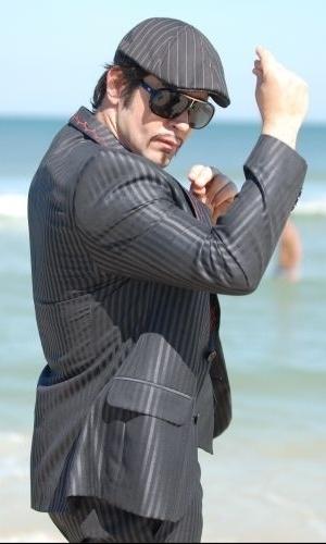 "2010 - Murilo Benício como Victor Valentim na novela ""Ti-Ti-Ti"""