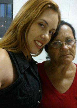 Merces Ivanuir Tavares da Silva envia foto ao lado de sua avó Carmem Ocelia Correia de Oliveira; elas são de São Paulo (SP).