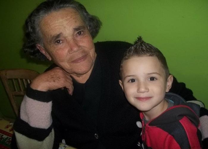 João Filipe Lira do Nascimento vive pertinho da casa do bisavó Helena Barbosa de Lira no bairro de Santo Amaro, em São Paulo. Quem tirou a imagem foi a mamãe do garoto, Nina.