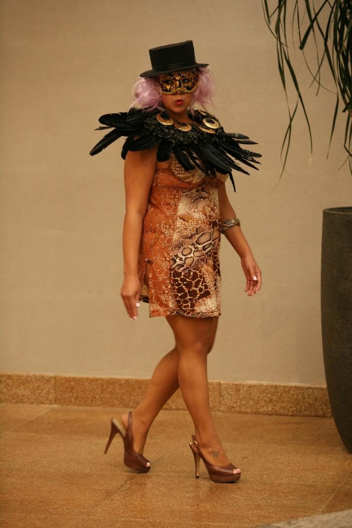 Desfile Mulheres Reais mostra as tendências para o verão 2013 (31/7/12)