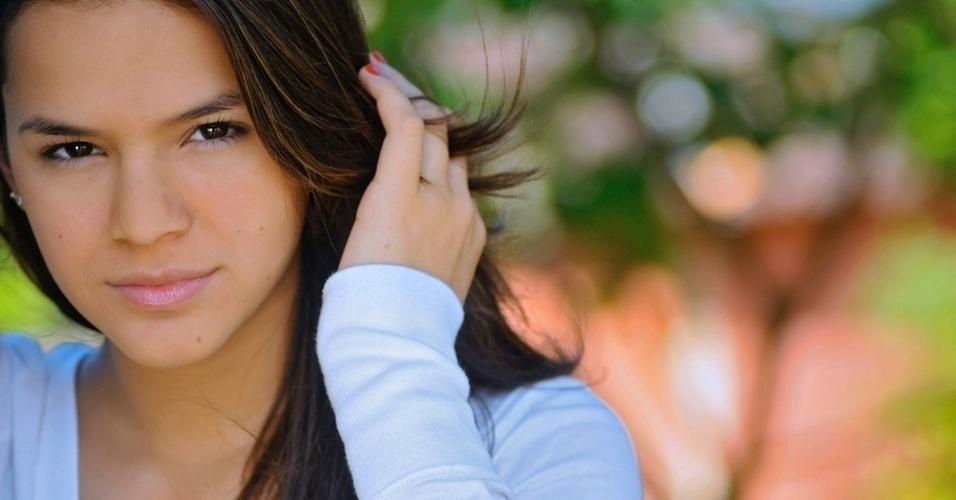 """Para fazer uma menina interiorana em """"Araguaia"""", Bruna usa vestidinhos de algodão e anda muito descalça. A novela foi gravada em 2010"""