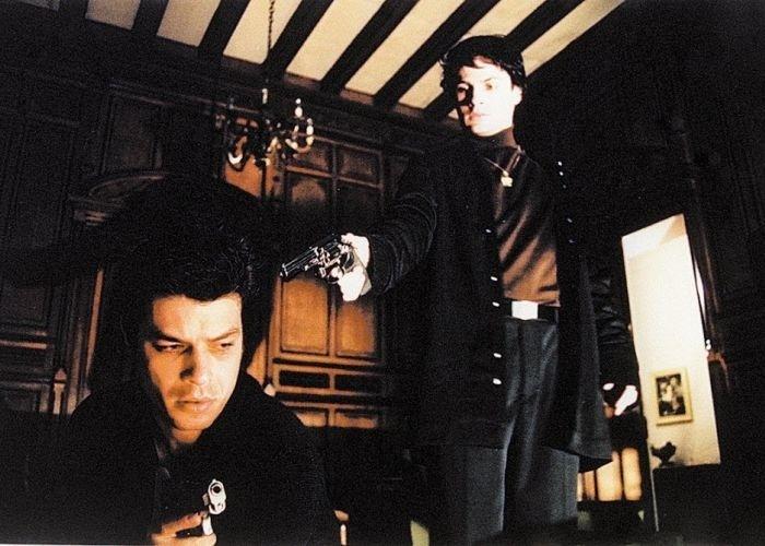 """Fábio Assunção e Marcos Damigo em cena do filme """"Bellini e a Esfinge"""", de 2001."""