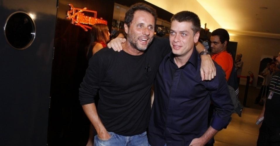 Tony Bellotto e Fábio Assunção na pré-estreia de 'Bellini e o Demônio' no Rio de Janeiro (25/8/10).