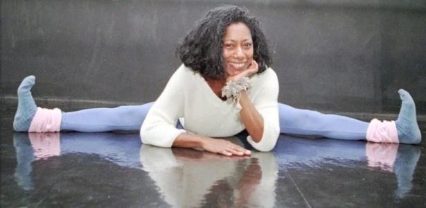 Glória Maria faz ginástica em uma academia do Rio de Janeiro (2/6/1996)