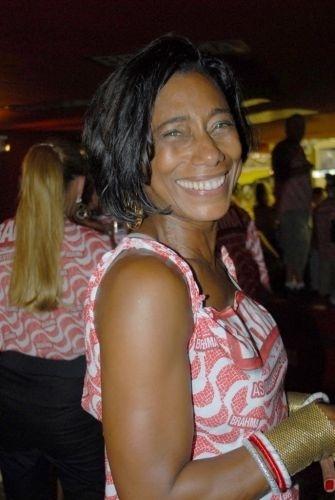 Glória Maria no camarote da Brahma, no Rio de Janeiro, em fevereiro de 2008