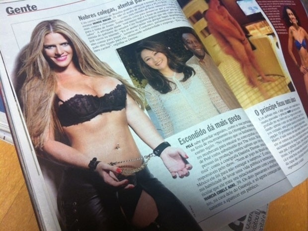 """A revista """"Veja"""" publicou uma das fotos do ensaio que a advogada Denise Leitão Rocha, ex-assessora parlamentar do Senado, fez para a revista """"Playboy"""". A loira será capa da edição de setembro (2012) da publicação masculina"""