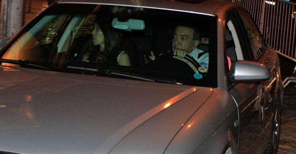 Mauricio de Souza chega com a família à festa de aniversário do filho de Neymar, em Santos (SP)