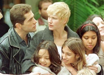 """1999 - Xuxa fez par romântico com o cantor Daniel no filme """"Xuxa Requebra"""""""