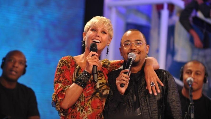 """Dudu Nobre durante gravação do """"TV Xuxa"""" para comemorar o aniversário de 49 anos da apresentadora (21/2/12)"""