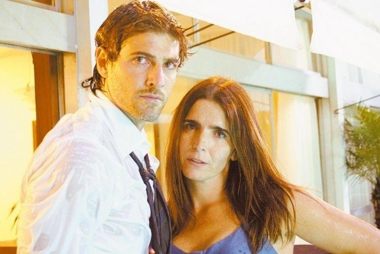 Malu Mader e Reynaldo Gianecchini em cena do filme 'Sexo com Amor?', de Wolf Maya (30/1/08)