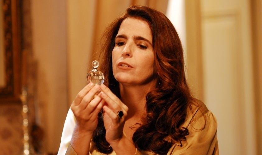 """Malu Mader foi a vilã Eva Sullivan na novela """"Eterna Magia"""" (2007)"""