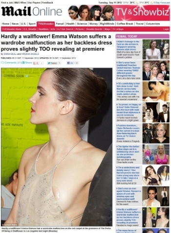 """Emma Watson participou da pré-estreia de seu novo filme ?As Vantagens de Ser Invisível? em Los Angeles, na noite desta segunda-feira, e ao passar pelo tapete vermelho, a atriz, que usava um vestido muito decotado, deixou à mostra seu sutiã de silicone, segundo o tabloide """"Daily Mail"""" (10/9/12). A personagem Sam, de ?As Vantagens de Ser Invisível?, que estreia em novembro no Brasil, é o primeiro grande papel de Watson desde o término da série ?Harry Potter? em 2011"""