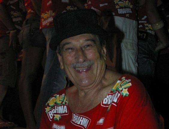 A ator Paulo Goulart no camarote da Brahma, na Marquês de Sapucaí, no Carnaval de 2006 no Rio de Janeiro (27/2/06)
