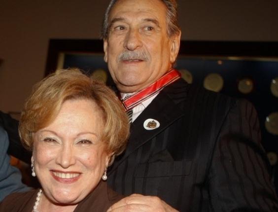 Atriz Nicette Bruno e o ator Paulo Goulart na cerimônia de outorga da Ordem do Ipiranga, em São Paulo (20/9/12)