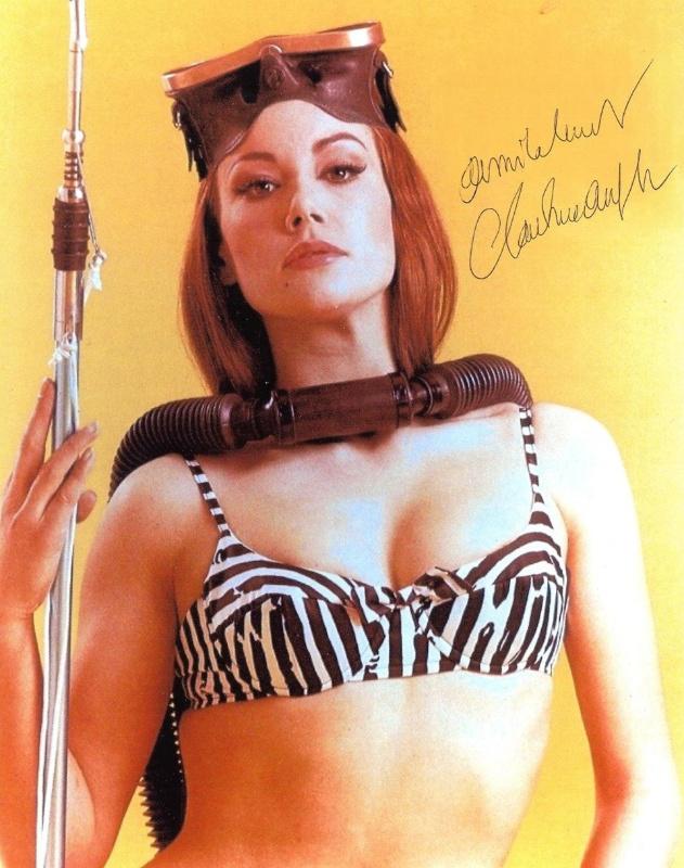 """Claudine Auger fez o papel de Domino, em """"Thunderball"""", de 1965"""