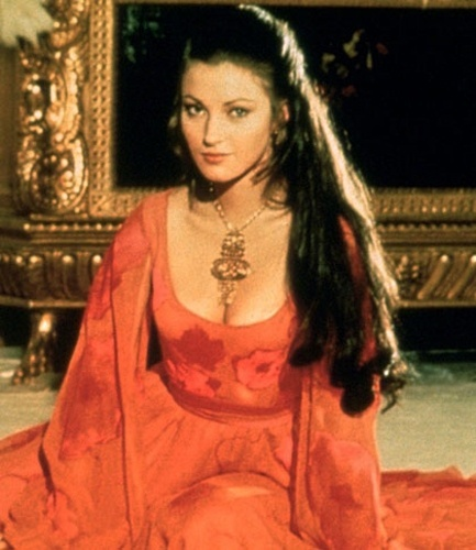 "Jane Seymour viveu Solitaire, em ""Live And Let Die"", de 1973"