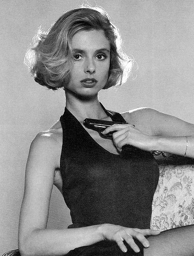 "Maryam D'Abo intrepretou Kara Milovy, a única Bond Girl de ""The Living Daylights"", de 1987"
