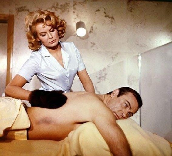 "Molly Peters interpretou Patrícia, em ""Thunderball"", de1965"