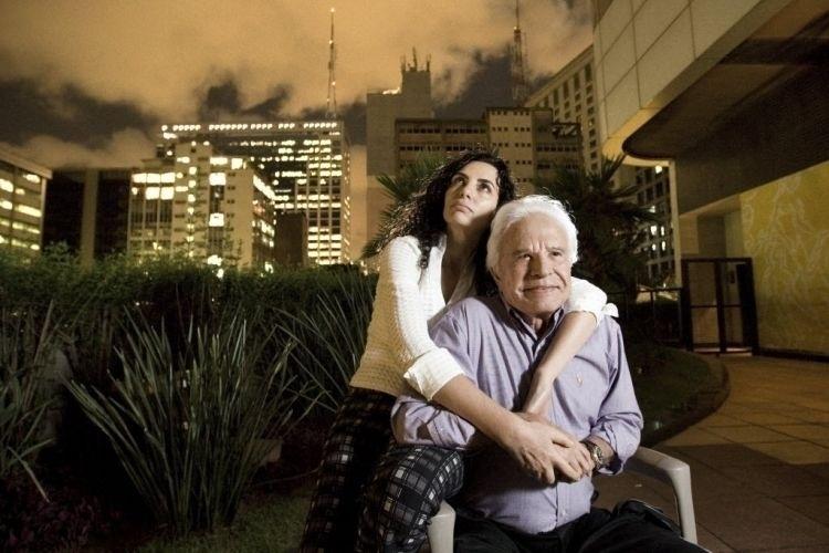 Retrato do apresentador da TV Globo, Cid Moreira, e sua atual esposa, Fátima Sampaio Moreira, no Hotel Renaissance, em São Paulo. Na época, Fátima estava escrevendo a biografia dele (8/4/09)