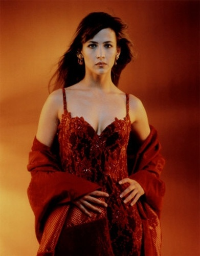 "Sophie Marceau fez o papel de Elektra King, em ""The World Is Not Enough"", de 1999"