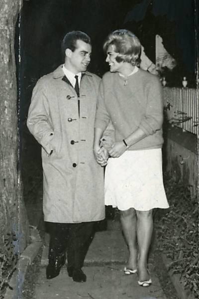 Hebe Camargo com seu noivo, Décio Capuano (1964)