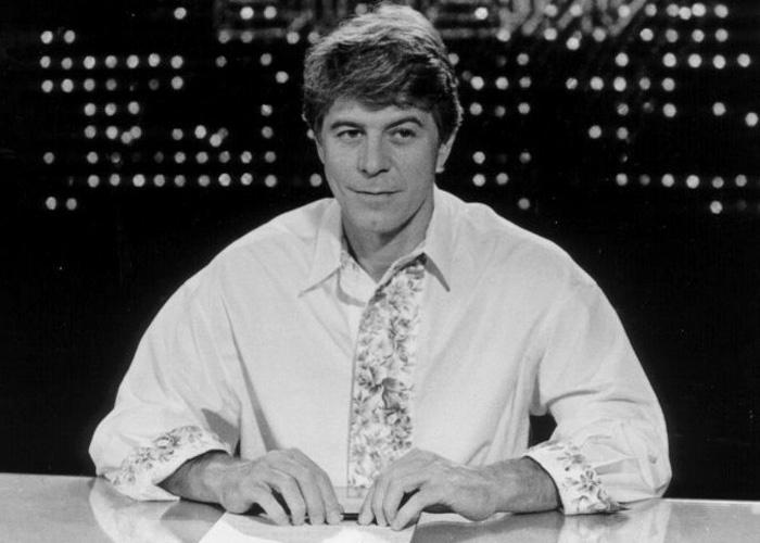 """Em 1987, além de atuar na novela """"O Outro"""", Falabella assumiria a apresentação do """"Vídeo Show"""". O ator esteve a frente da atração até 2001"""